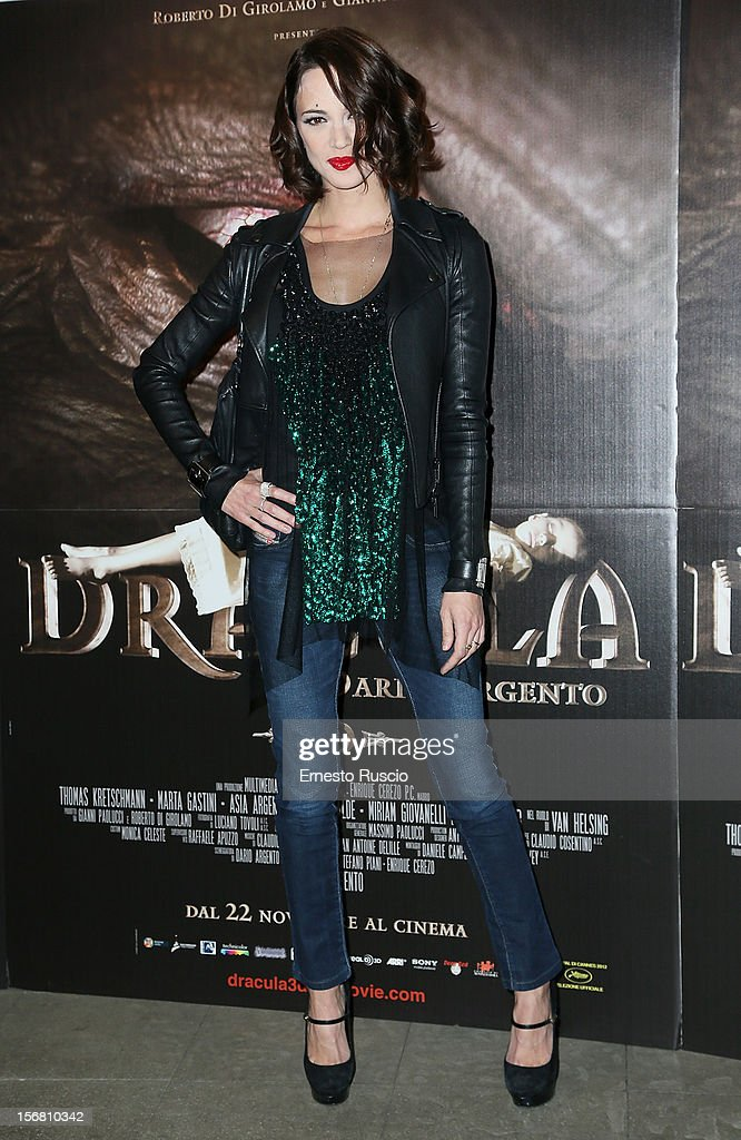 Italian actress Asia Argento attends the 'Dracula in 3D' premiere at Cinema Barberini on November 21, 2012 in Rome, Italy.