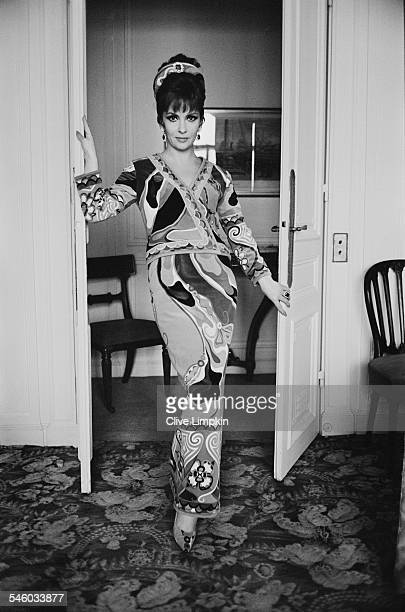 Italian actress Gina Lollobrigida wearing a skirt and blouse designed by Emilio Pucci 8th June 1967