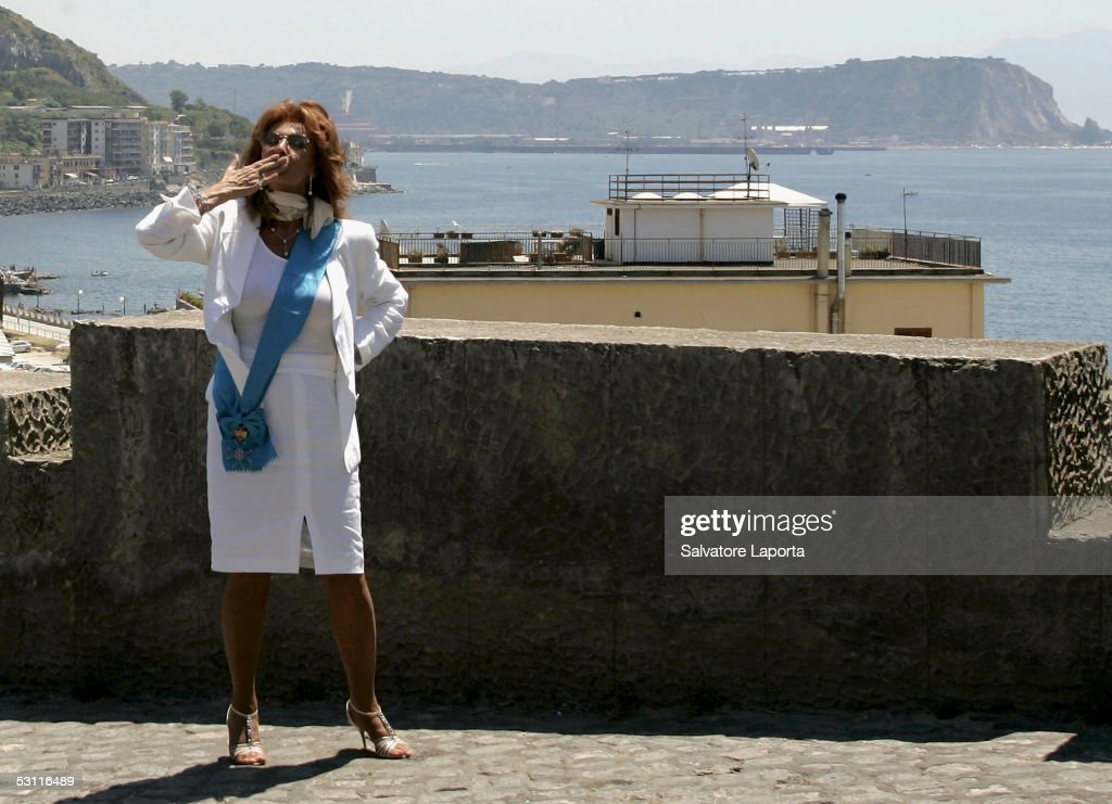 Sofia loren visits her home town of pozzuoli getty images for Sophia house