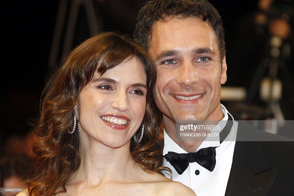 Italian actress Stefania Montorsi and Italian actor Raoul Bova arrive for the screening of 'La Nostra Vita' (Our Life) presented in competition at the 63rd Cannes Film Festival on May 20, 2010 in Cannes.