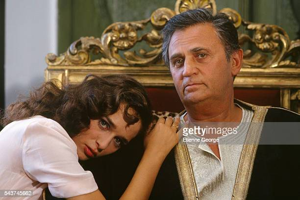 Italian actress Valeria Golino and French actor Roger Hanin on the set of Dernier ete a Tanger directed by Alexandre Arcady and based on William...