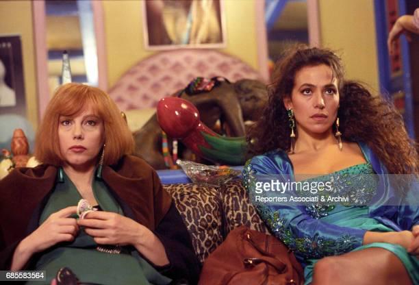 Italian actresses Stefania Sandrelli and Barbara D'Urso in a scene from the film 'Non chiamarmi Omar' Italy 1992
