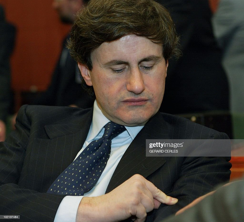 Italian Agriculture Minister Giovanni Alemanno waits in the European Union Headquarters in Brussels 17 Mars 2003 prior to the meeting of the EU agriculture ministers council.