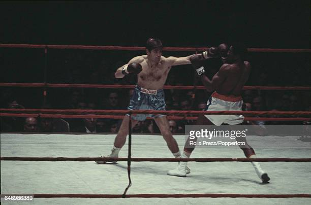 Italian boxer and World Middleweight champion Nino Benvenuti pictured in action to retain his title against challenger Cuban boxer Luis Manuel...