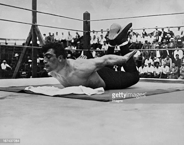 Italian boxer Primo Carnera 1933/34 world heavyweight champion in training ahead of his fight against US boxer George Godfrey which ended with a...