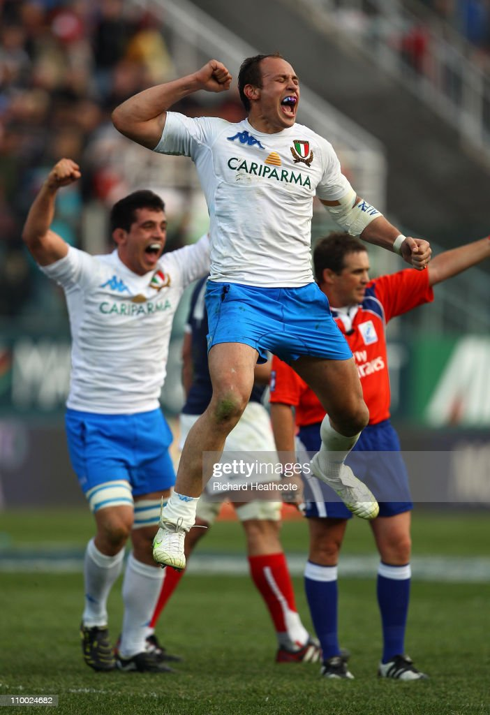 Italian captain <a gi-track='captionPersonalityLinkClicked' href=/galleries/search?phrase=Sergio+Parisse&family=editorial&specificpeople=648570 ng-click='$event.stopPropagation()'>Sergio Parisse</a> celebrates victory at the final whistle during the RBS Six Nations match between Italy and France at the Stadio Flaminio on March 12, 2011 in Rome, Italy.