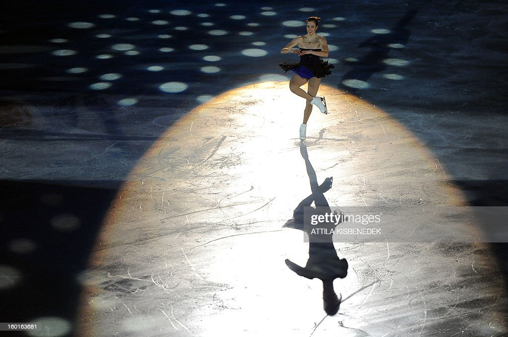 Italian Carolina Kostner performs on ice of 'Dom Sportova' sports hall in Zagreb on January 27, 2013 during the gala of the ISU European Figure Skating Championships.