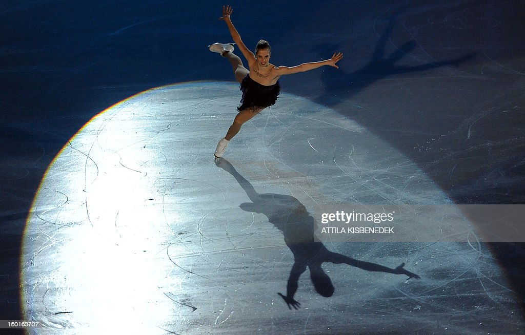 Italian Carolina Kostner performs on ice of 'Dom Sportova' sports hall in Zagreb on January 27, 2013 during the gala of the ISU European Figure Skating Championships.