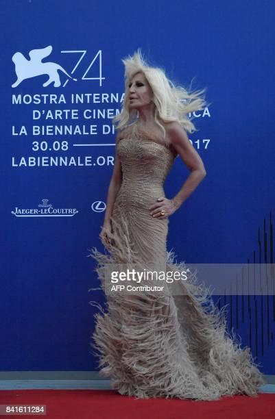Italian designer Donatella Versace attends the 'Franca Sozzani Award' during the 74th Venice Film Festival on September 1 2017 at Venice Lido / AFP...