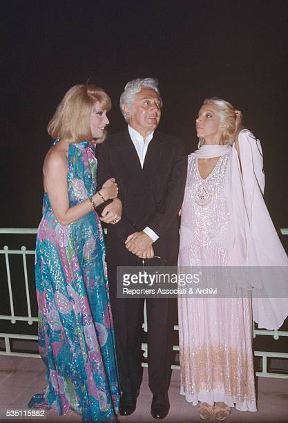 Italian director Dino Risi and Italian actresses Sylva Koscina and Mariangela Melato attending the David di Donatello awarding ceremony Taormina 19th...