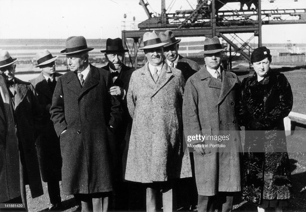 Italian enterpreneur Giovanni Agnelli, founder of Fiat car manufacturing, meeting American industrialist <a gi-track='captionPersonalityLinkClicked' href=/galleries/search?phrase=Henry+Ford+-+Founder+of+Ford+Motor+Company&family=editorial&specificpeople=94471 ng-click='$event.stopPropagation()'>Henry Ford</a>, founder of the Ford Motor Company, during his journey in America. Detroit, 1934