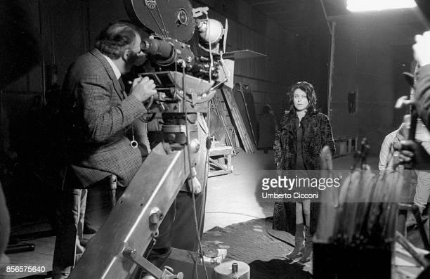 Italian film director Federico Fellini filming Italian actress Anna Magnani during the movie 'Roma Rome 1971