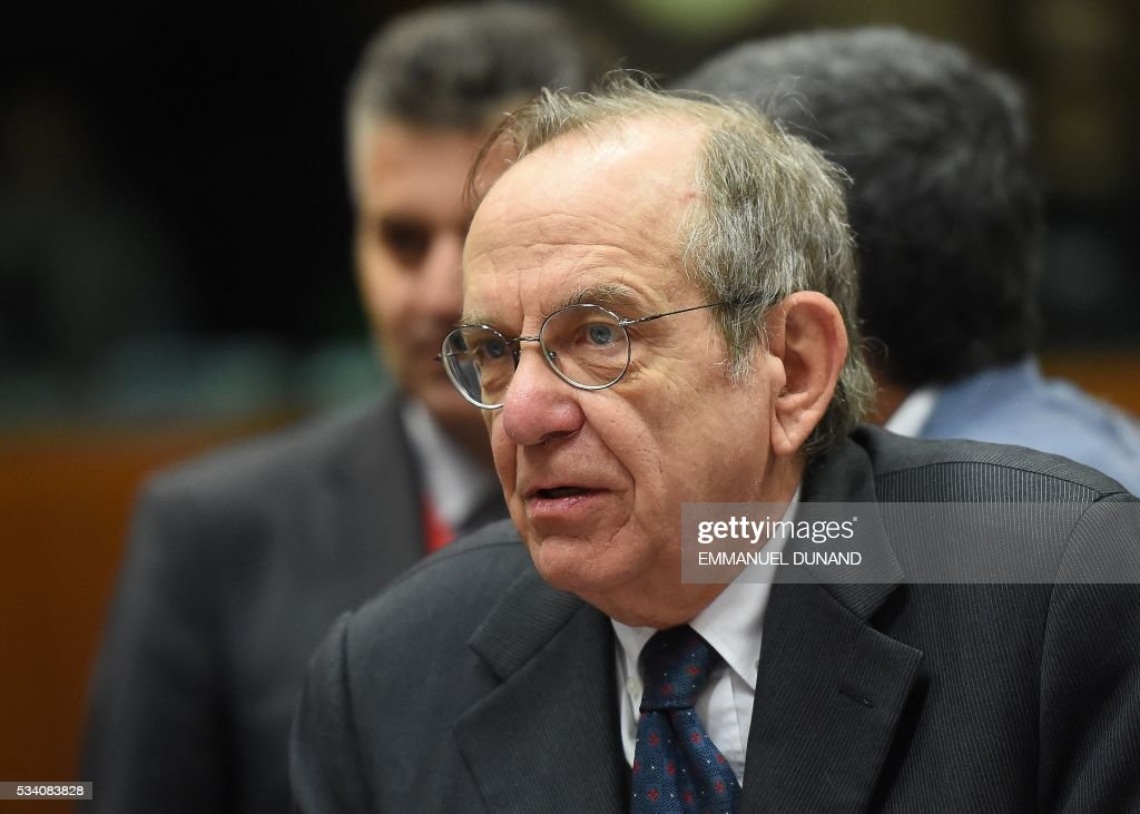 Italian Finance Minister Pier Carlo Padoan attends an Economic and Financial (ECOFIN) Affairs Council meeting at the European Council, in Brussels, on May 25, 2016. / AFP / EMMANUEL