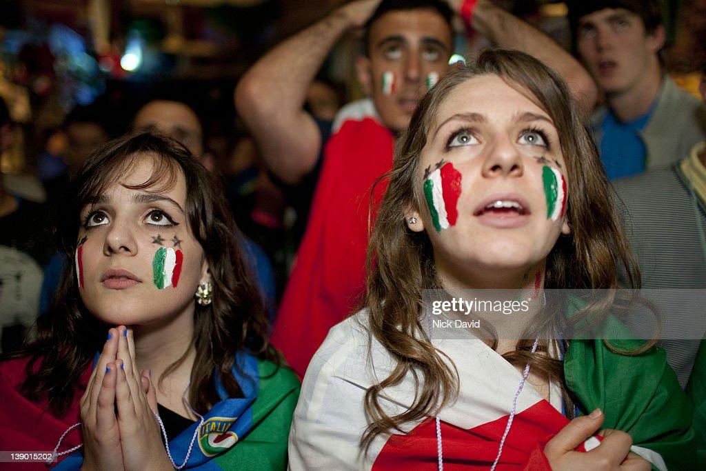 Italian football fans watch World Cup 2010 : Stock Photo