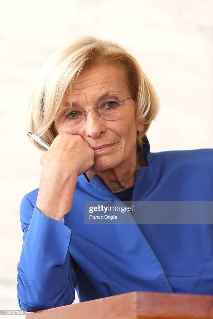 Italian foreign Minister <a gi-track='captionPersonalityLinkClicked' href=/galleries/search?phrase=Emma+Bonino&family=editorial&specificpeople=539913 ng-click='$event.stopPropagation()'>Emma Bonino</a> participates in a news conference with U.S. Secretary of State John Kerry at Farnesina Palace on May 9, 2013 in Rome, Italy. Kerry commented on a published story while in Rome that Russia was selling advanced missile defense systems to Syria by reportedly saying it would destabilize Israel's security.
