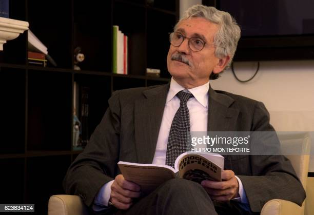 Italian former Prime Minister Massimo D'Alema attends an interview on November 15 2016 in Rome / AFP / FILIPPO MONTEFORTE