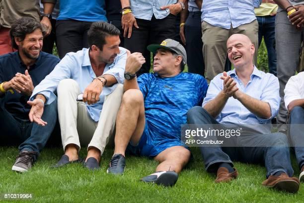 Italian goalkeeper Gianluigi Buffon former Argentinian football star Diego Maradona and FIFA President Gianni Infantino pose prior to 'Gianni's game'...