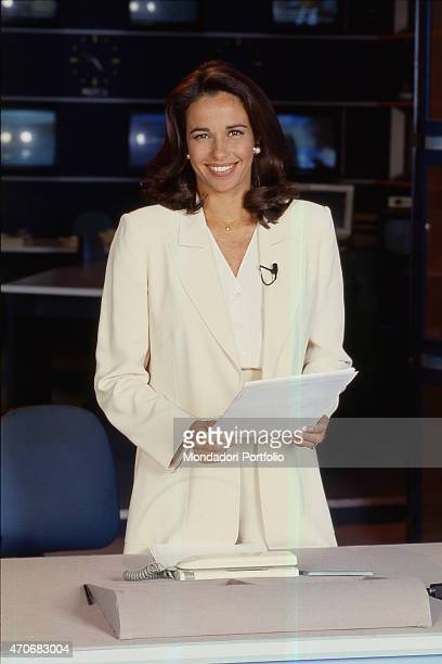 'Italian journalist and TV presenter Cristina Parodi posing smiling in a TV studio Italy 1990s '