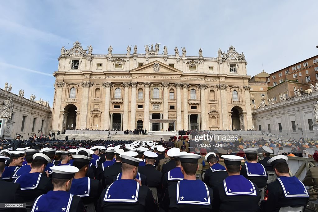Italian marines wait for the arrival of Pope Francis before an audience as part of the Jubilee Year of Mercy on April 30, 2016 at St Peter's square in Vatican.