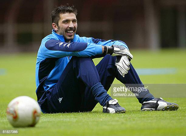 Italian national soccer teamr goalkeeper Gianluigi Buffon takes a break 28 May 2002 during a training session at the Sendai Stadium Italy who were...