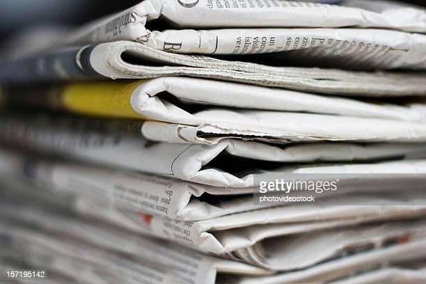 Journal italien pile