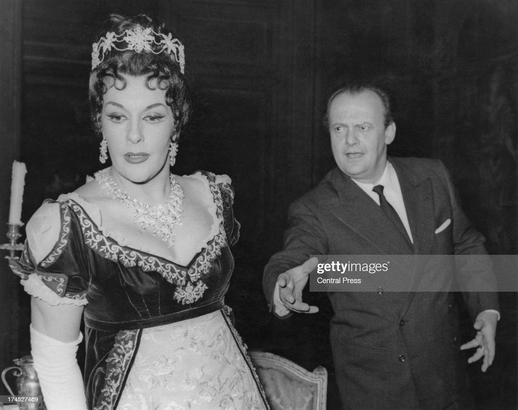 Italian operatic baritone Tito Gobbi and Australian operatic soprano Marie Collier rehearse for their roles in 'Tosca' at the Royal Opera House...