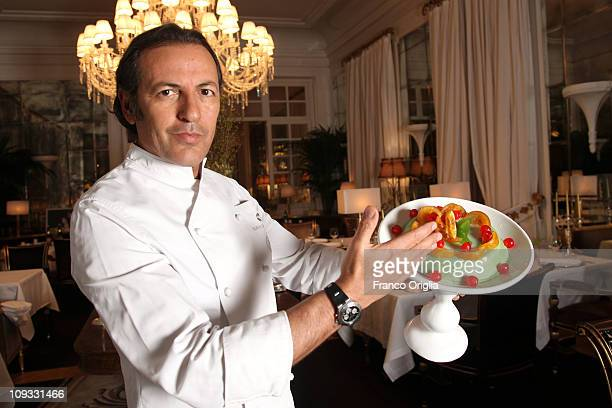 Italian oste e cuoco Filippo La Mantia shows a cassata Siciliana at his eponymous restaurant in the Hotel Majestic on the Via Veneto on February 21...