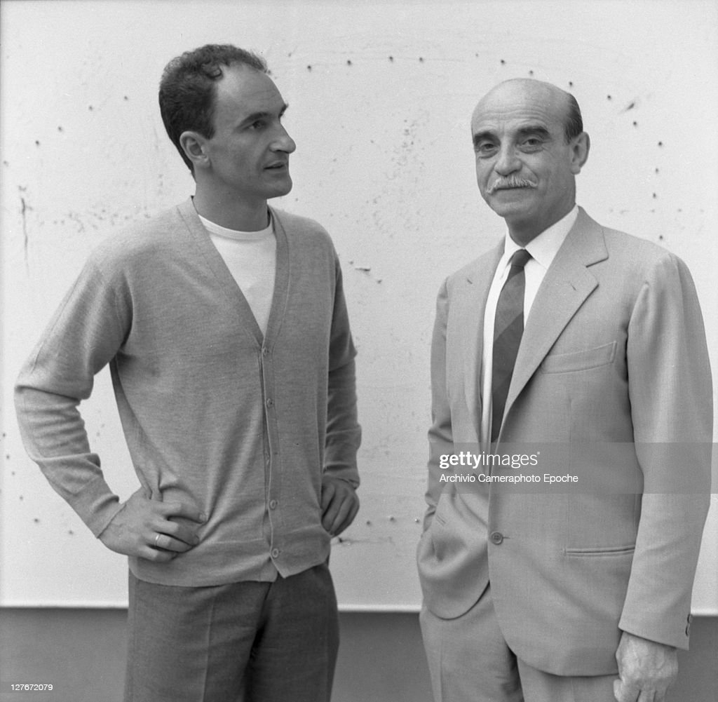 Italian painter <a gi-track='captionPersonalityLinkClicked' href=/galleries/search?phrase=Lucio+Fontana&family=editorial&specificpeople=827690 ng-click='$event.stopPropagation()'>Lucio Fontana</a> with Eduardo Chillida, 1958.