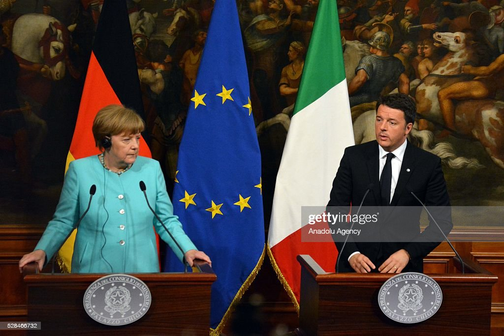 Italian Premier Matteo Renzi (R) and German Chancellor Angela Merkel hold a press conference after a bilateral meeting, in Rome, Italy, 05 May 2016.