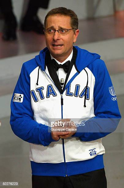 Italian presenter Paolo Bonolis is seen at the third day of the San Remo Festival at the Ariston Theatre on March 3 2005 in San Remo Italy The five...