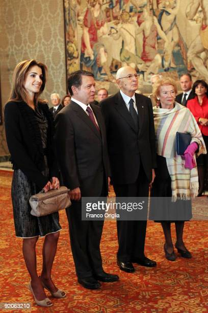 Italian President Giorgio Napolitano and his wife Clio pose with the King Abdullah II and Queen Rania of Jordan during their meeting at the Quirinale...