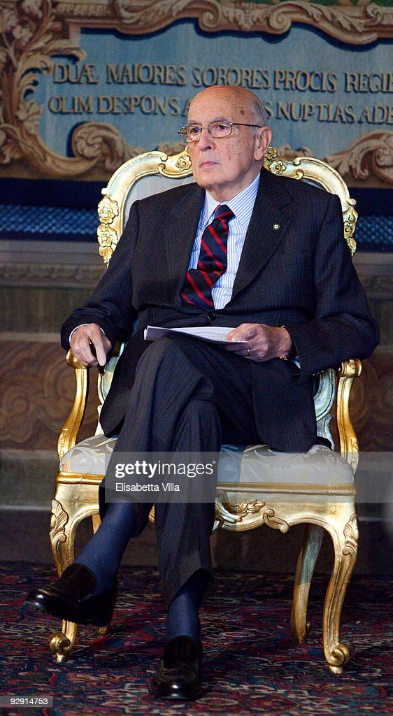 Italian President <a gi-track='captionPersonalityLinkClicked' href=/galleries/search?phrase=Giorgio+Napolitano&family=editorial&specificpeople=568986 ng-click='$event.stopPropagation()'>Giorgio Napolitano</a> attends the 2009 Vittorio De Sica Awards at Quirinale on November 9, 2009 in Rome, Italy.