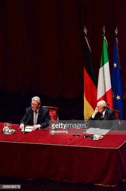 Italian President Giorgio Napolitano meets in Turin German President Joachim Gauck