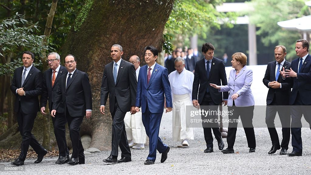 Italian Prime Minister Matteo Renzi, European Commission President Jean-Claude Juncker, French President Francois Hollande, US President Barack Obama, Japan's Prime Minister Shinzo Abe, Canadian Prime Minister Justin Trudeau, German Chancellor Angela Merkel, European Council President Donald Tusk and Britain's Prime Minister David Cameron walk the grounds at Ise-Jingu Shrine in the city of Ise in Mie prefecture, on May 26, 2016 on the first day of the G7 leaders summit. World leaders kick off two days of G7 talks in Japan on May 26 with the creaky global economy, terrorism, refugees, China's controversial maritime claims, and a possible Brexit headlining their packed agenda. / AFP / STEPHANE