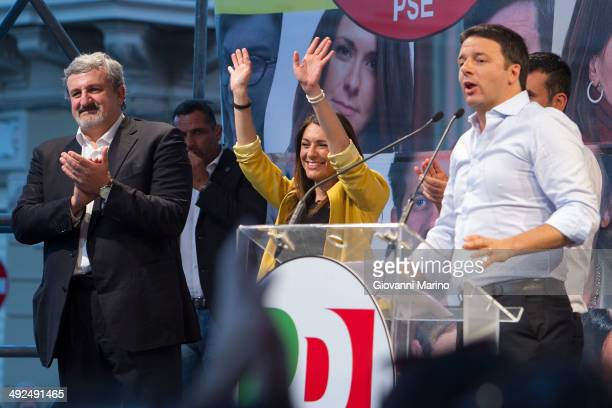 Italian Prime Minister Matteo Renzi makes a speech at Piazza Alberto Sordi during a campaign meeting of the Democratic Party on May 20 2014 in Bari...
