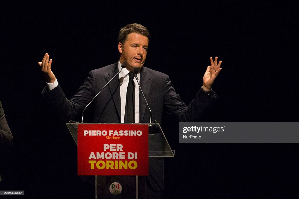Italian Prime Minister <a gi-track='captionPersonalityLinkClicked' href=/galleries/search?phrase=Matteo+Renzi&family=editorial&specificpeople=6689301 ng-click='$event.stopPropagation()'>Matteo Renzi</a> speaks in Turin to support the Mayor Piero Fassino in the next election, on May 30, 2016.
