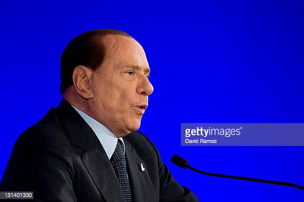 Italian Prime Minister Silvio Berlusconi addresses a press conference during the second day of the G20 Summit on November 4 2011 in Cannes France The...