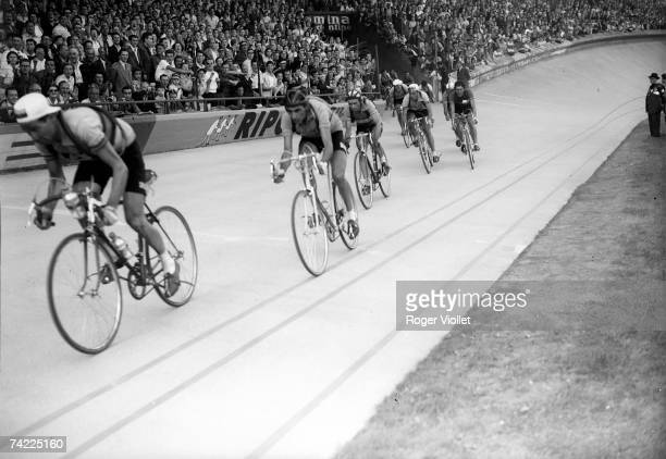 Italian racing cyclist Fausto Coppi in second position at the Parc des Princes Paris 1939
