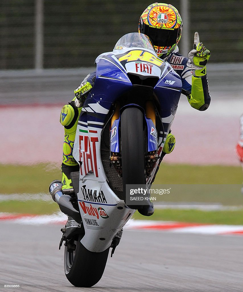 valentino rossi ndash wheelie - photo #31