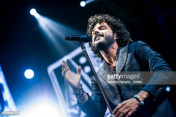 Italian singer Francesco Renga performs in concert at Palalottomatica Arena on October 22 2016 in Rome Italy