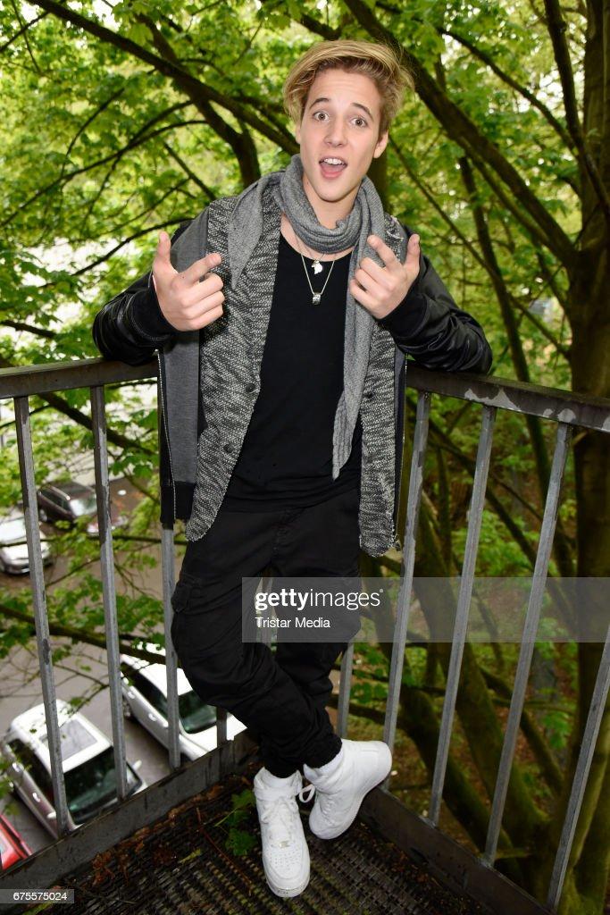 Italian singer Matteo Markus Bok attends the 'BILD Renntag' at Trabrennbahn on May 1, 2017 in Gelsenkirchen, Germany.