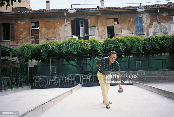 Italian singersongwriter standup comedian and actor Enzo Jannacci playing bowls Sanremo 1991