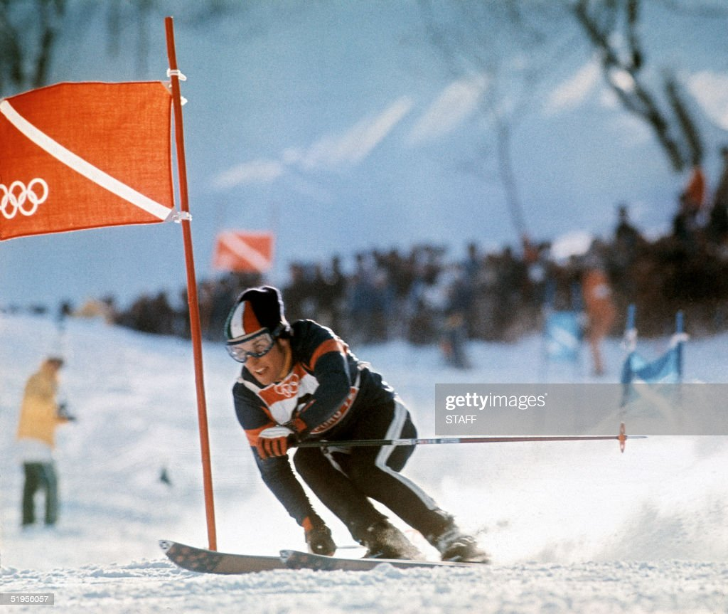 Italian skier Gustavo Th?ni clears a gate during the men's giant slalom 10 February 1972 in Sapporo (Japan) at the Winter Olympic Games. Th?ni won the gold medal in front of Swiss teammates Edmund Bruggmann and Werner Mattle.