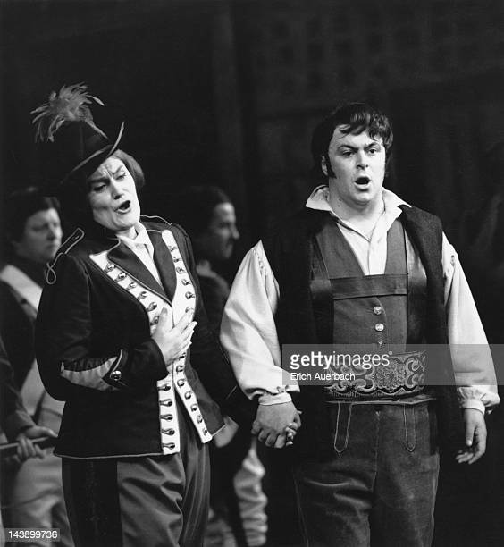 Italian tenor Luciano Pavarotti and Australian soprano Joan Sutherland in a production of Donizetti's comic opera 'La Fille du Regiment' at Covent...
