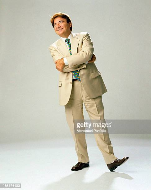 Italian TV host and producer Paolo Limiti posing smiling with folded arms 1998