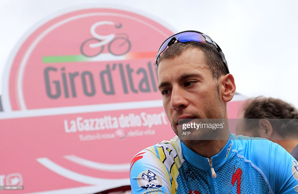 Italian Vincenzo Nibali gets ready for the third stage of 96th Giro d'Italia going from Sorrento to Marina di Ascea on May 6, 2013 in Marina di Ascea. Italian Luca Paolini won the third stage of the Giro d'Italia to take the overall leader's pink jersey following the 222km ride from Sorrento to Marina di Ascea with Tour de France winner Cadel Evans taking the second place and Giro champion Ryder Hesjedal finishing third. AFP PHOTO / LUK BENIES