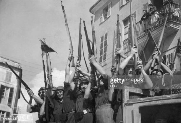 Italian volunteers arrive in Spain during the Spanish Civil War circa 1937