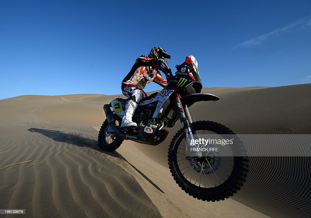 Italia's biker Alessandro Botturi competes during Stage 4 of the Dakar 2013 between Nazca and Arequipa, Peru, on January 8, 2013. The rally will take place in Peru, Argentina and Chile from January 5 to 20. AFP PHOTO/Franck Fife
