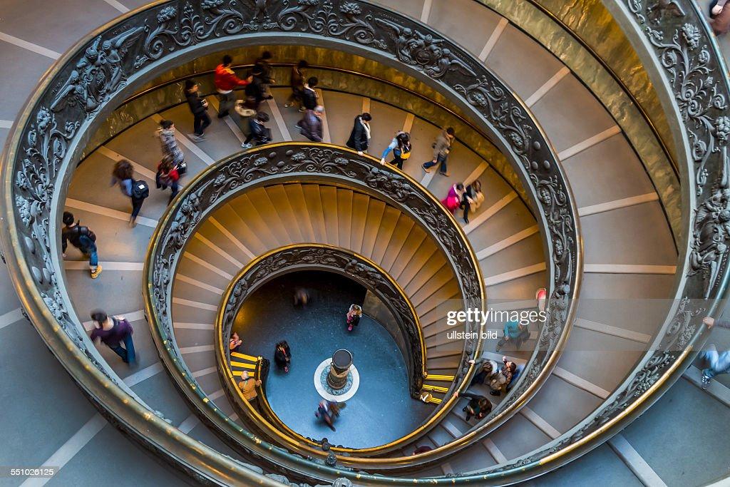 Italien Rom Vatikanisches Museum Spiraltreppe von Giuseppe Momo