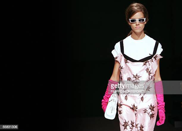 a model presents a creation of Miu Miu during the Spring/Summer 2006 women's collections 30 September 2005 in Milan AFP PHOTO / FILIPPO MONTEFORTE